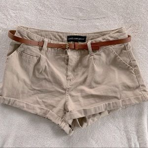 Tan shorts by ambiance apparel size sm with belt